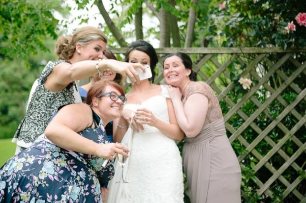 brides to be stop hating how you look in photos